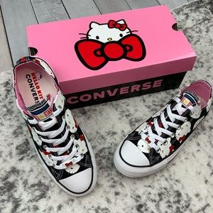 NIB Hello Kitty x Converse CTAS OX women's sneaker